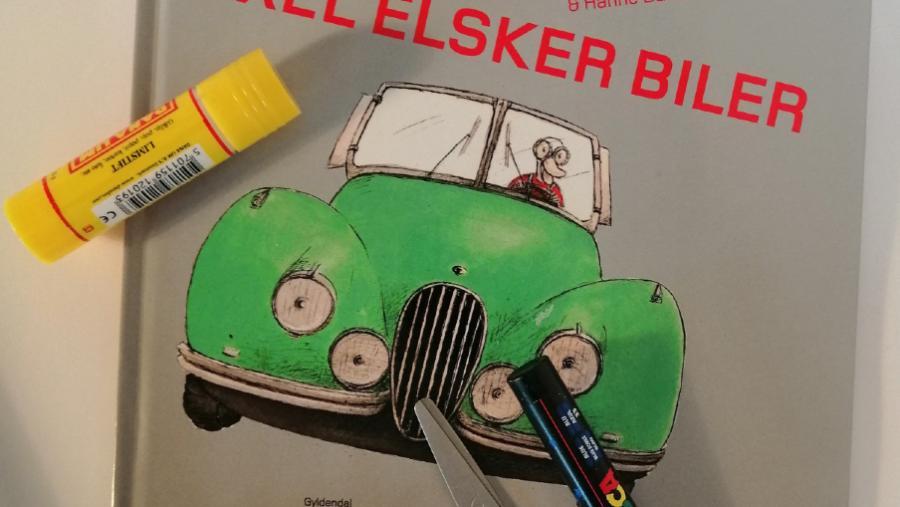 """Forside af bogen """"Axel elsker biler"""""""